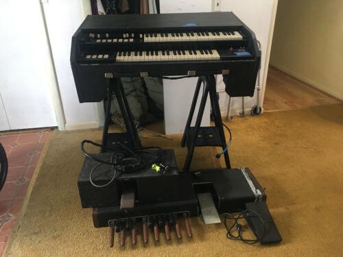 Vintage Hammond Portable like B3 Organ for gigging extras!!