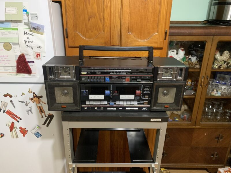 Vintage JVC Boombox PC-W330LD Tested
