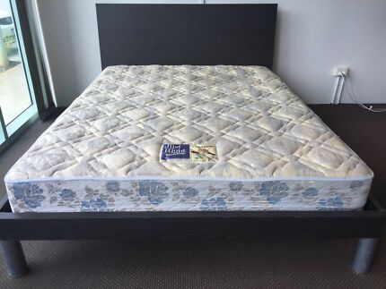 Excellent condition QUEEN mattress and solid bedframe