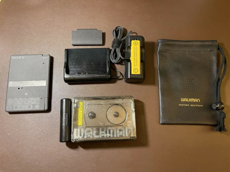 Sony Walkman WM-504 Cassette Player Excellent Working!w/ charger/stand/bag