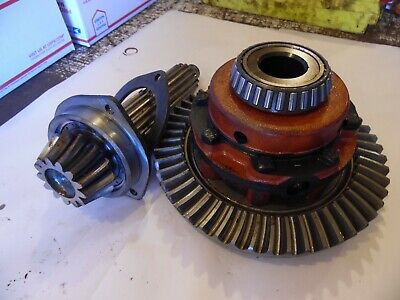 1962 Farmall 504 Farm Tractor Differential Assembly