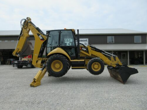 2014 Caterpillar 430F IT Backhoe Low Hours One owner! Good Rubber!