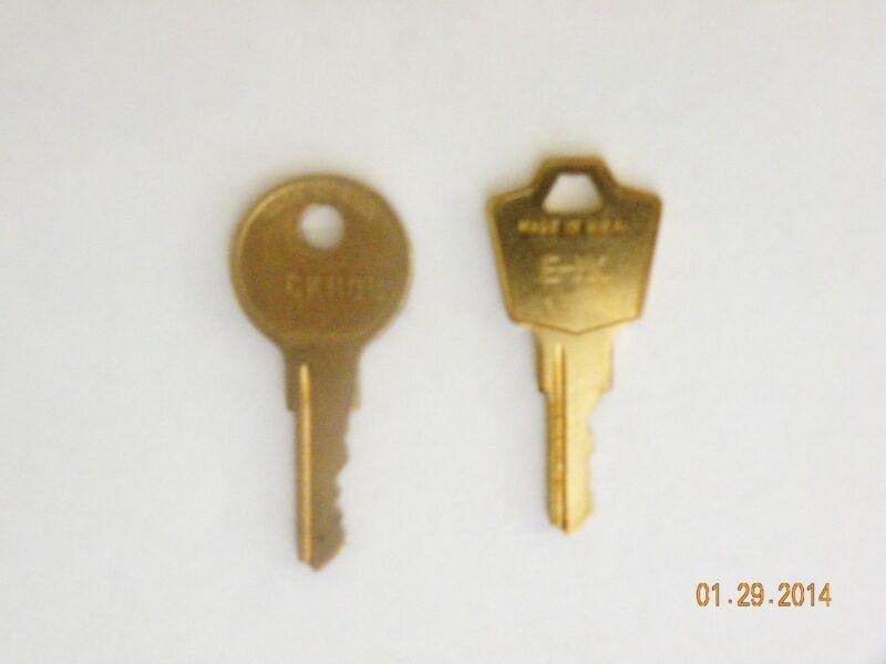 (1) HON MASTER & (1) CORE REMOVAL KEY (E, H, R, S, T SERIES LOCKS)