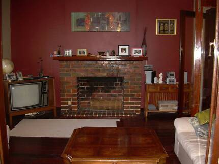 TWO BEDROOM CHARACTER HOUSE - 155 London St