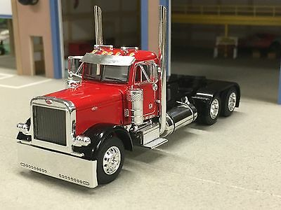 1/64 DCP RED/BLACK 379 PETERBILT DAYCAB