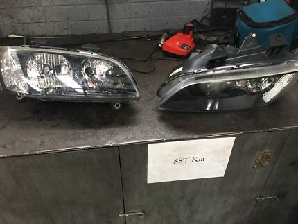 Commodore ve headlight East Maitland Maitland Area Preview