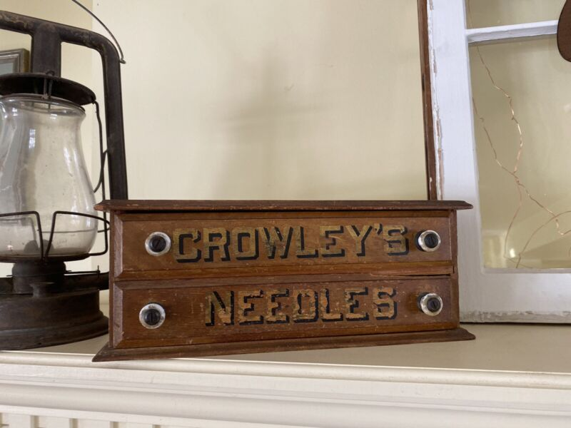 Antique Country Store Crowleys Needles Spool Box W/ Contents