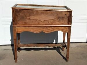 National Specialty Co., ZINGO, Antique Collector Arcade Pinball Machine w/ Stand