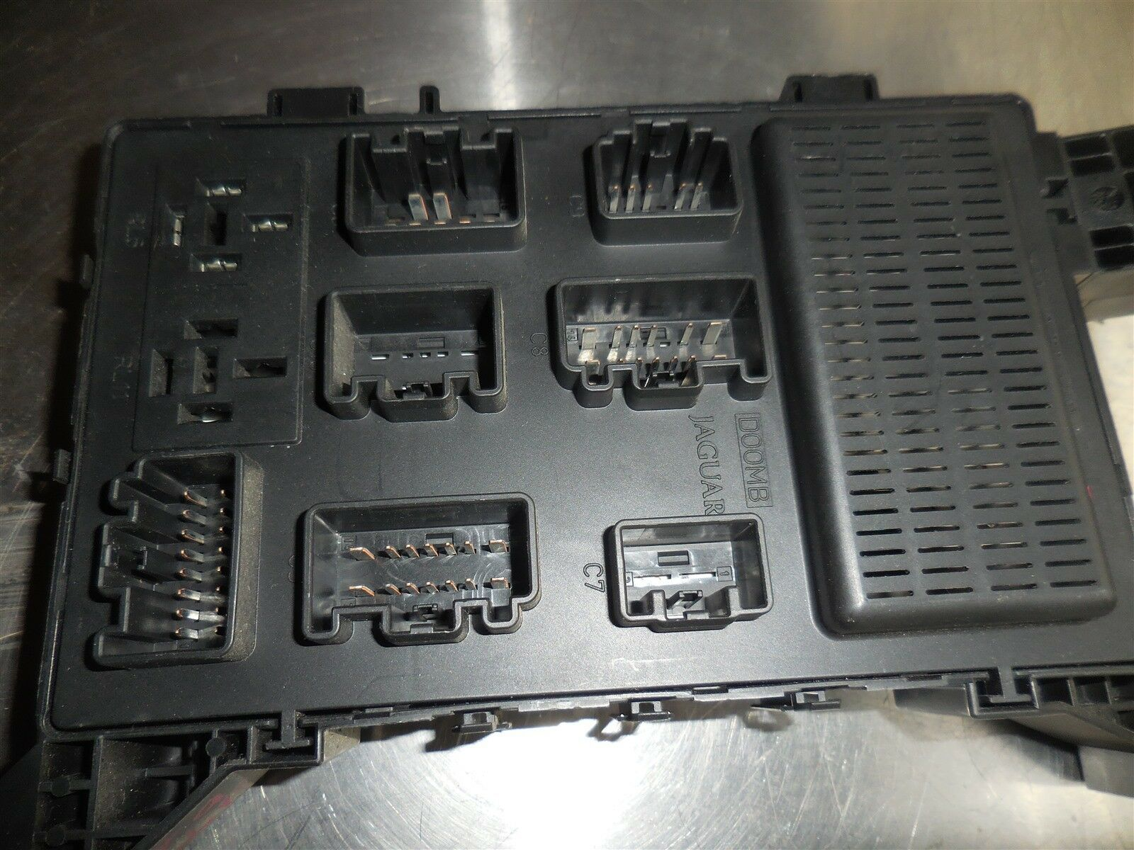 Used Jaguar Switches And Controls For Sale Page 98 2002 S Type Fuse Box X 2008 Interior Oem 4x1943 1944 2013 2014a073 Ae
