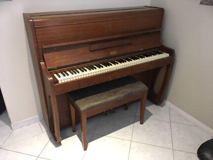Bransen Upright Piano