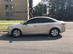 2012 chevy Cruze for immediate sale.