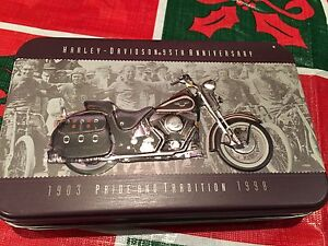 BRAND NEW HARLEY DAVIDSON COLLECTOR CARD SET