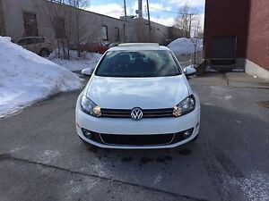 Volkswagen Golf 2012 premium 72000km automatic Bluetooth
