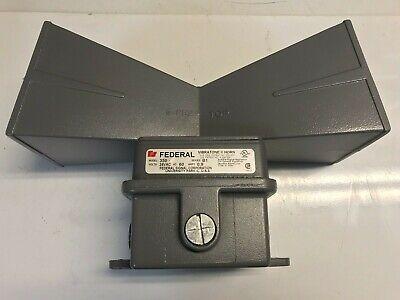 Federal Signal Vibratone Model 350 With Double Horn Alarm Projector Nib