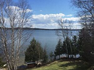 5 Bedroom 3 Bath LAKEFRONT Home, Ghost Lake DRYDEN ONTARIO