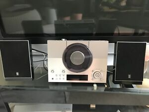 Yahama CRX-TS20 stereo system