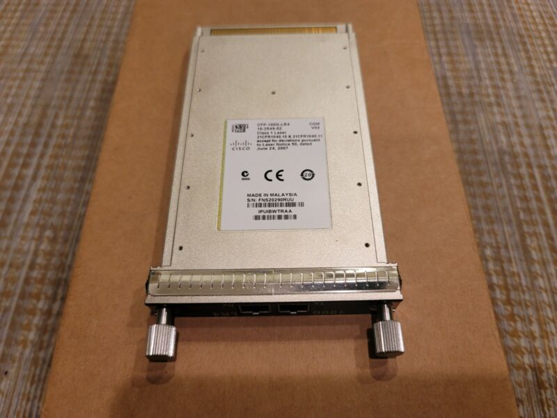 Genuine Cisco CFP-100G-LR4 V02 100 Gigabit Ethernet CFP Module 100GBASE