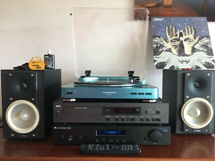 Compact Sound System CD/Tuner/Record Player