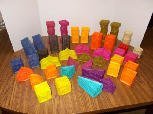 41 BATTAT Baby B. Elemenosqueeze  Soft Building Blocks Clean and Bright