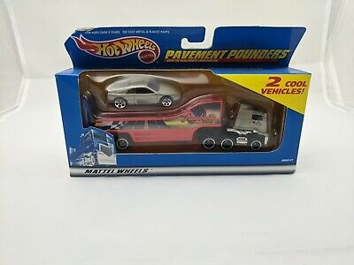 RARE Hot Wheels Pavement Pounders Raybestos Silver Ferrari New In Package VHTF