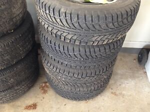 Snow tire package