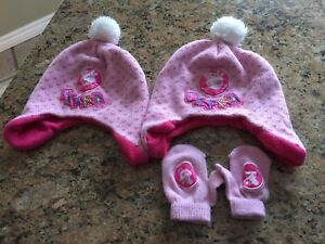 Size 2-3 peppa pig hats and mits