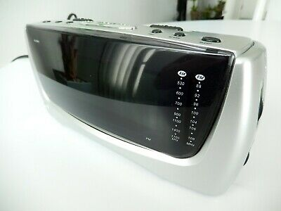 Durabrand Model CR-777 AM/FM Alarm Clock Radio Large LED Display