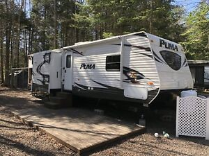 2013 Puma Travel Trailer 32DBKS