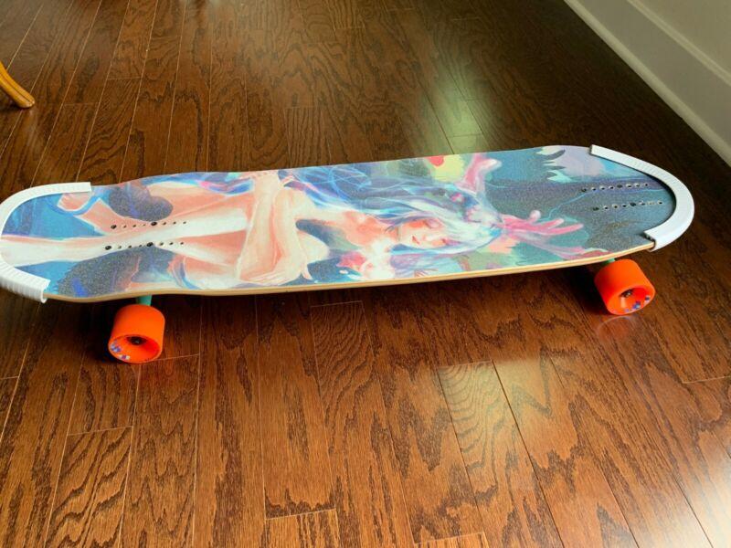 Zenit Marble 38 longboard Complete system & Artemis Goddess Grip Tape