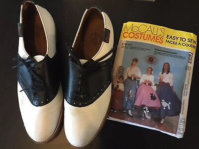 SADDLE SHOES with Poodle Skirt Pattern Size 8.5 Womens Vintage Bass 50's Revival - Poodle Skirt Shoes
