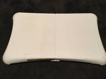 Wii Fit Balance Board Nintendo Fully Working No Cable