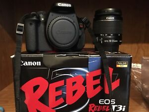 CANON T3i KIT DSLR