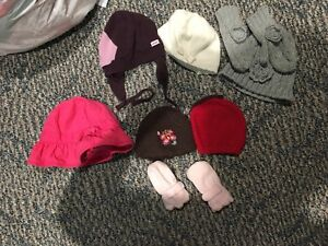 Girls hats/mitts
