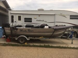 19 ft Aluminum Boat with 50 HP Mercury and Trolling Motor