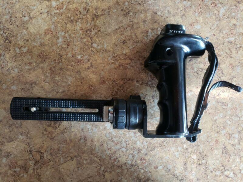 Vintage Stitz Off Camera Flash Bracket L Shaped w/ Hand Grip