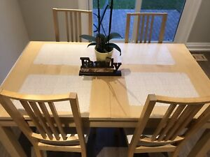 Extendable Dining Table And 4 Chairs Set