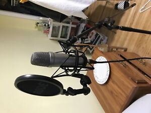 Rode NT1A microphone+complete solution+Maudio fastrack