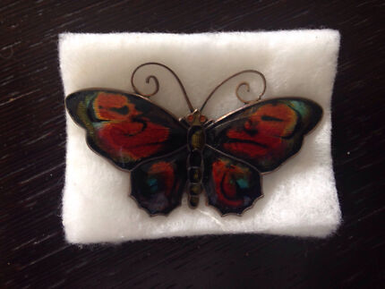 Enamel plated butterfly broche 925 sterling silver Cronulla Sutherland Area Preview