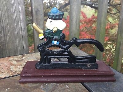 Vintage THE NUTCRACKER Toy Soldier Wrought Iron NUT CRACKER on Stand ▬ 6/7 ❤️m17