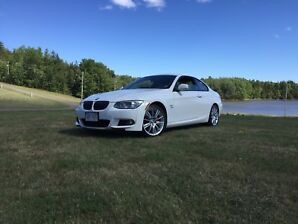 BMW 335i AWD with M package trim options!