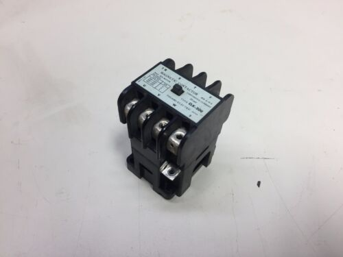 Togami Electric Magnetic Contactors, CLK-20U, Used,  MISSING SCREWS