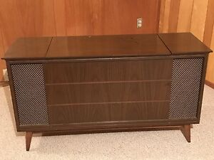 Record player cabinet AM/FM radio