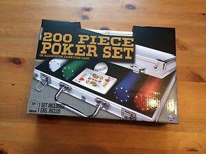 NEUF valise de poker 220 jetons