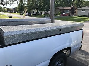 Truck Tool Box (side)