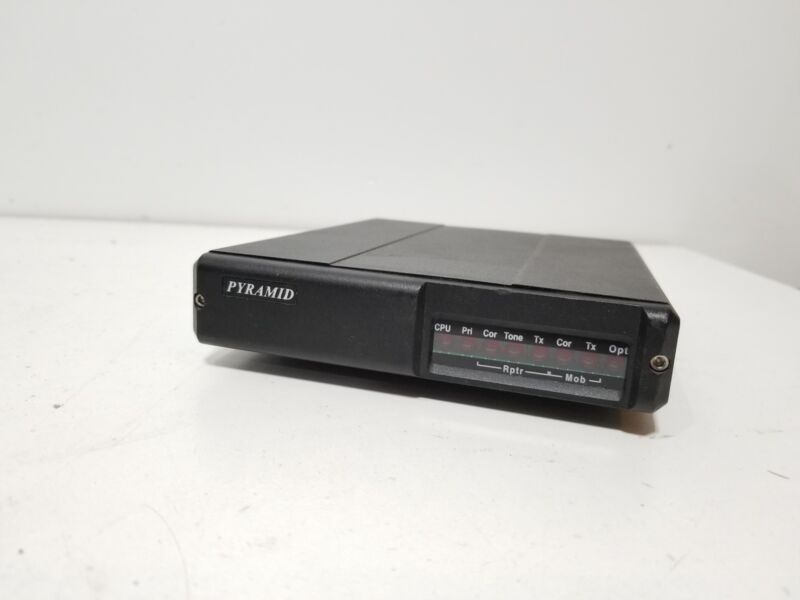 Pyramid SVR-200M Synthesized Vehicular Repeater