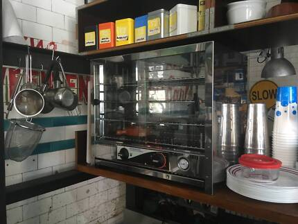 USED CAFE EQUIPMENT - COUNTERTOP APPLIANCES the lot for $300