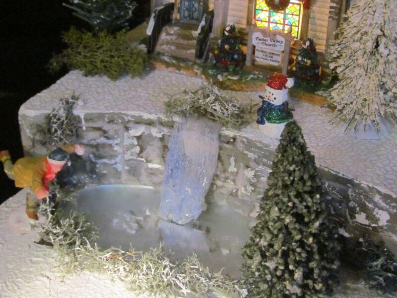Christmas WATERFALL Frozen POND Village Display platform base Dept 56 No. Pole