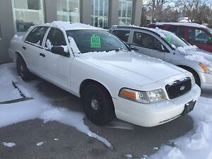 2010 Ford Crown Victoria X POLICE Sedan Open 7 Days a week 9-5