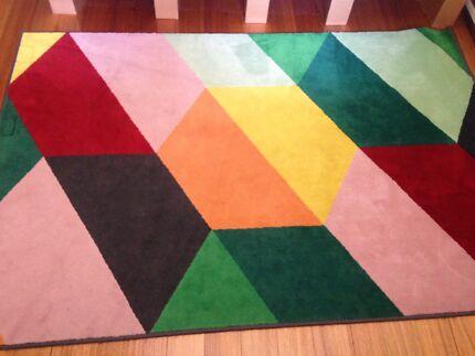 FREE colourful Ikea rug