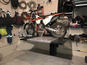Motorcycle / ATV storage lift